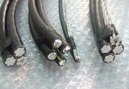 1KV低空架空电缆,绝缘电缆太阳成